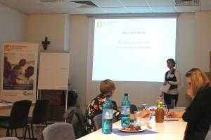 Miriam Colonna stellt Ehoch3 die Unternehmer-Initiative Niederrhein für action medeor vor. Foto: © action medeor